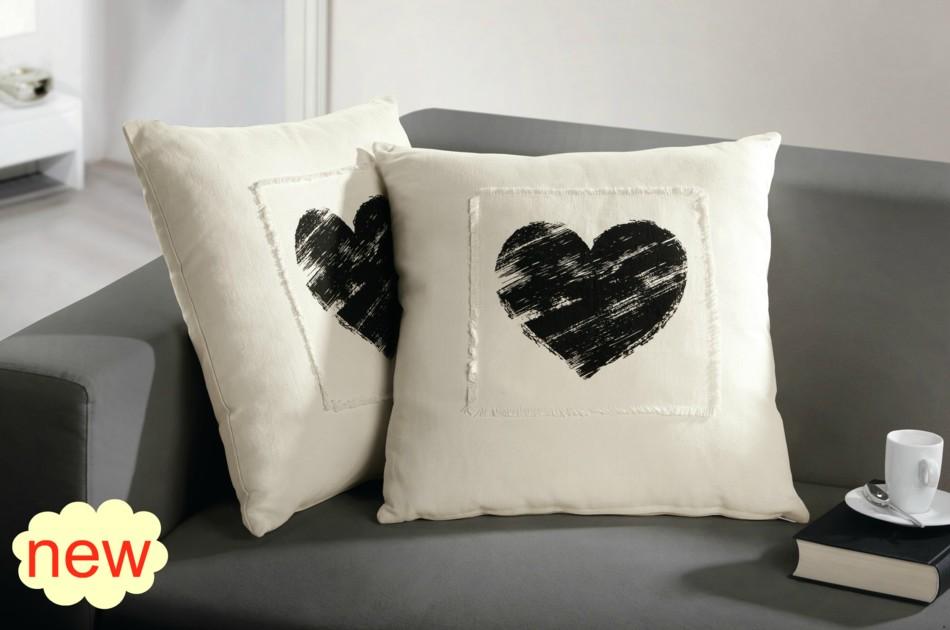 """Декоративная подушка """"Шепот сердца"""" 1 шт."""